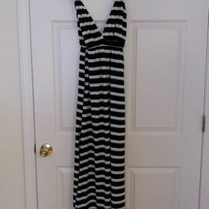 NWT black, gray, and white maxi dress